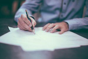Escola sem Partido disponibiliza modelo de petição para garantir direito de gravar aulas